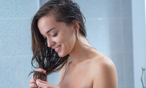 6 DIY HAIR MASK RECIPIES TO TRY AT HOME