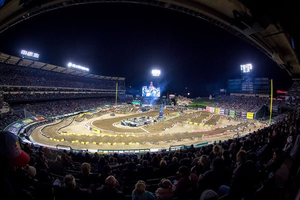Round 3 Anaheim Supercross | Photo Report
