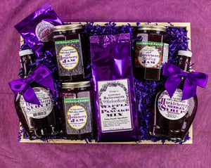 The Hucklberry - Wilderness Purple Gold - Is honored with traditional recipes, organic ingredients and beautiful packaging. All fruit, no sugar added, fine pine tray gift.