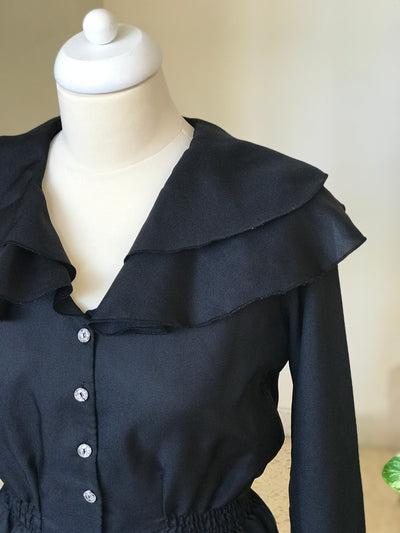 1970s Vintage Ruffle Button Down Blouse