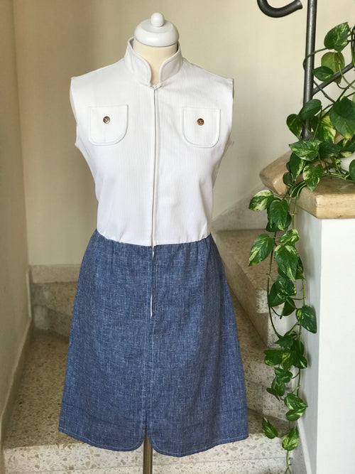 1970s Vintage Chambray Sleeveless Collared Dress