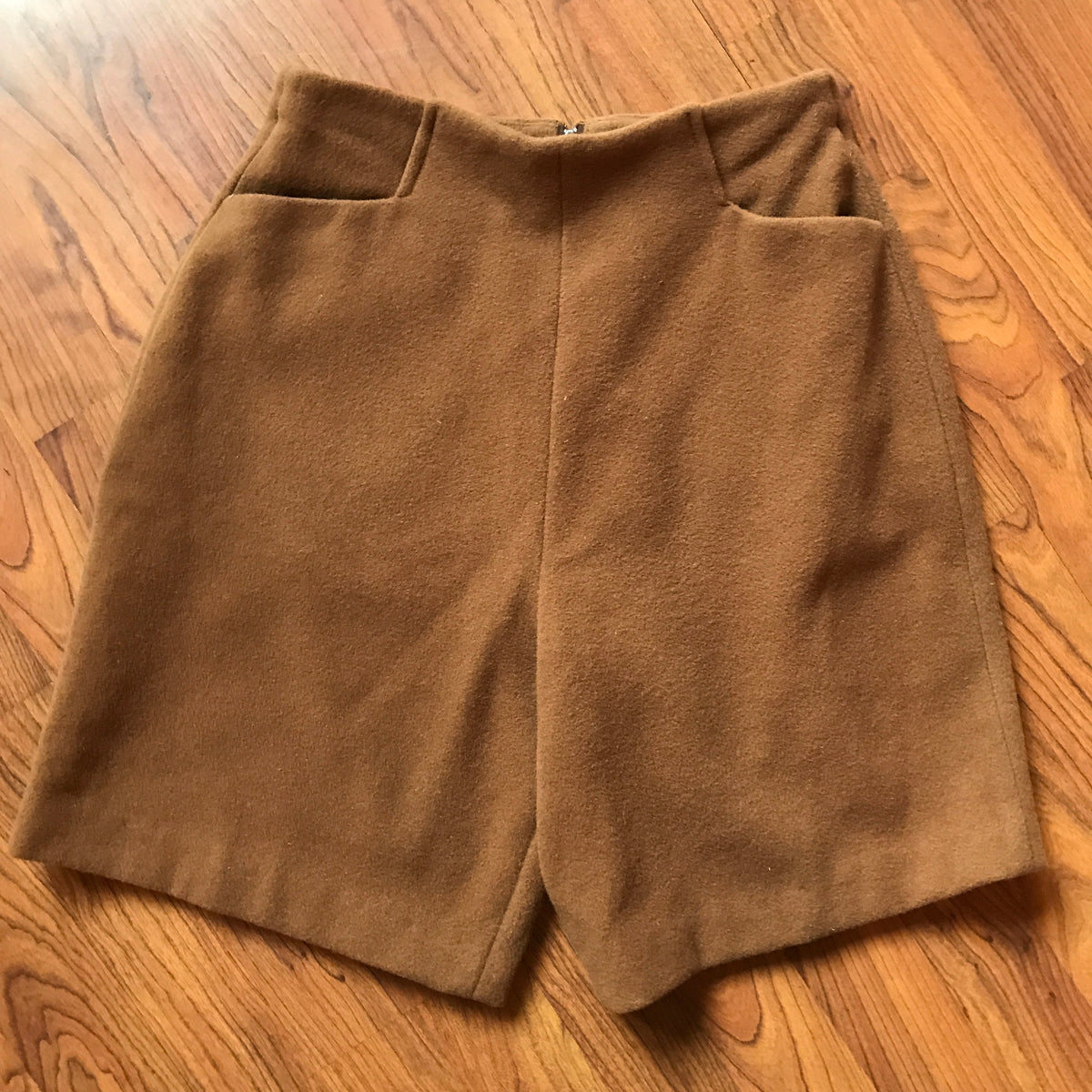 1980s Vintage Brown Blazer and Shorts Set