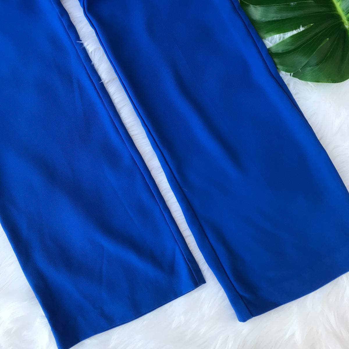 1970s Vintage High Waisted Blue Stretchy Flare Pants