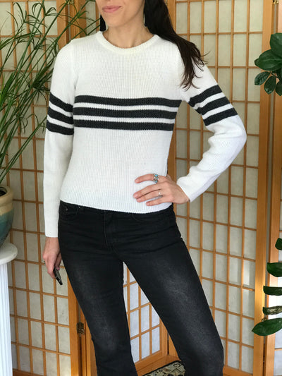 Vintage Ribbed Knit Stripped Crewneck Sweater