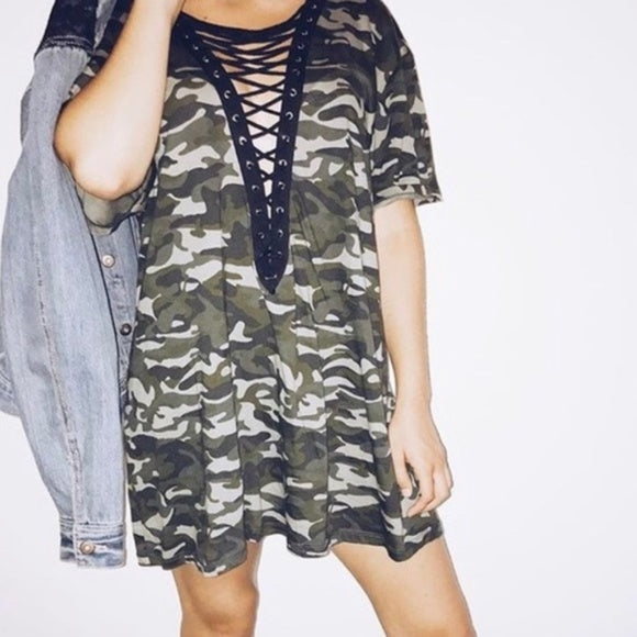 Emma & Sam Camo Lace Up Short Sleeve Shirt