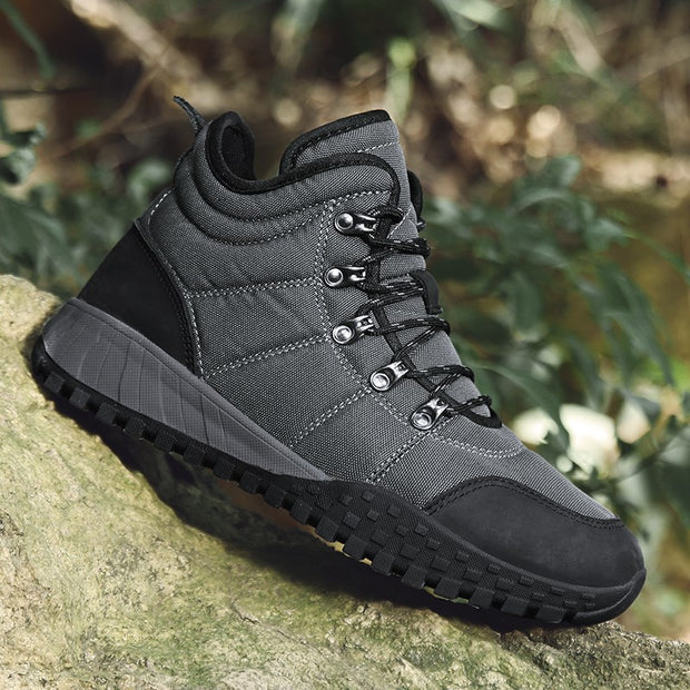Man's outdoor stable comfortable anti-skid fashion joker hiking boots