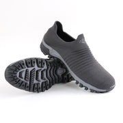 mens casual shoes with je