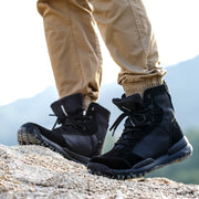 Man's camouflage outdoor slip-resistant high top comfortable hiking boots