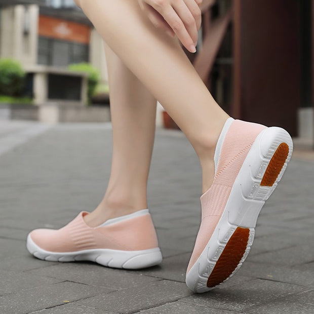 slip on athletic shoes womens