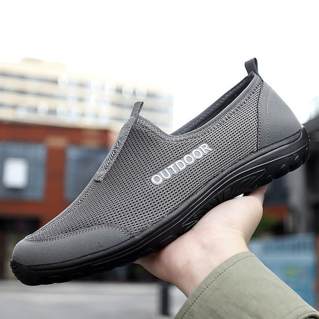 Summer breathable lightweight flat walking slip-on shoes