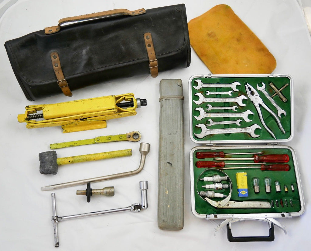 1974 Ferrari 365 GTB/4 Daytona Tool Kit Bag Jack