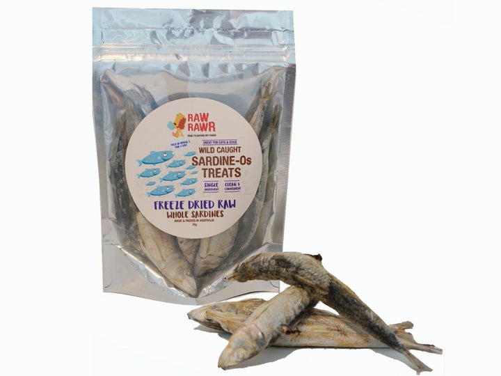 RAW RAWR<br>Wild Caught Whole Sardine-Os<br>Freeze Dried Dog/Cat Treats