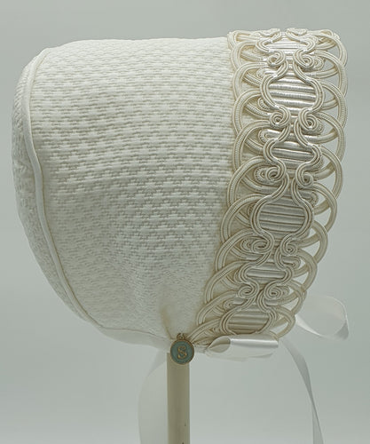 Exclusive Bonnet, White Jacquard with exquisite corded trim