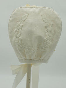 Exclusive Bonnet, Cream Linen with Embroidered Cream Wreath