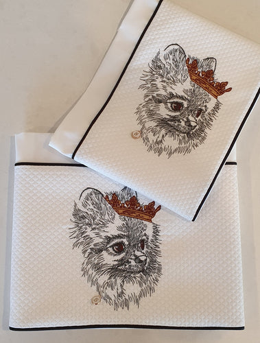 'Chic Pomeranian' 2pc Embroidered Cot Sheet Set, White