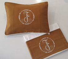 Load image into Gallery viewer, 2pc Bassinet Sheet Set,  Personalised Embroidery on Linen