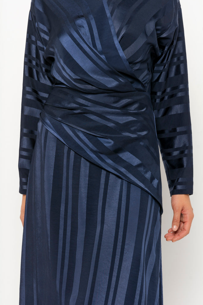 Dana dress navy stripe