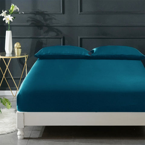 products/06-olesilk-silk-fitted-sheet-peacock-blue-01_86afdbd5-3f64-4bc2-9f1f-1c3afbf2aad7.jpg