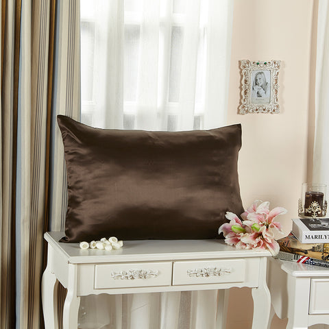 products/Olesilk_Envelope_Silk_Pillowcase_-_Chocolate.jpg