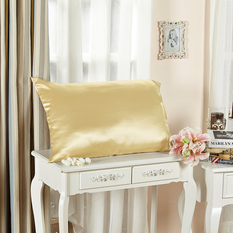 products/Olesilk_Envelope_Silk_Pillowcase_-_Gold.jpg