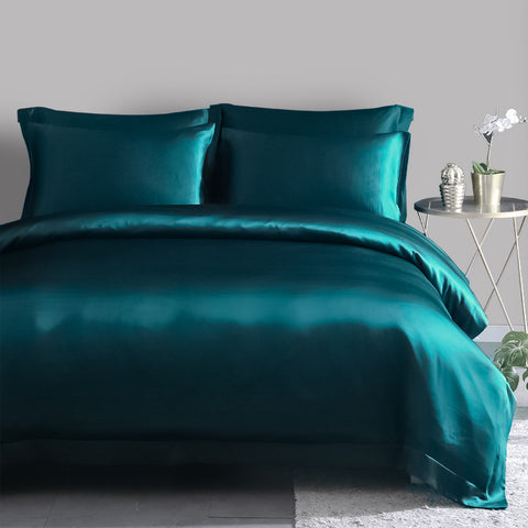 products/Olesilk_Silk_Duvet_Cover_Royal_Blue_7b2749e3-1f63-4501-95db-2f17f0a11c95.jpg