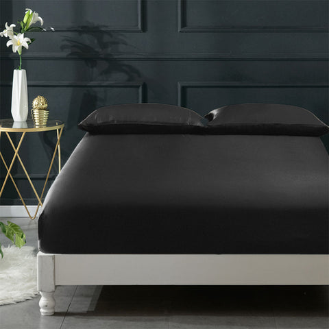 products/Olesilk_Silk_Fitted_Sheet-Black.jpg