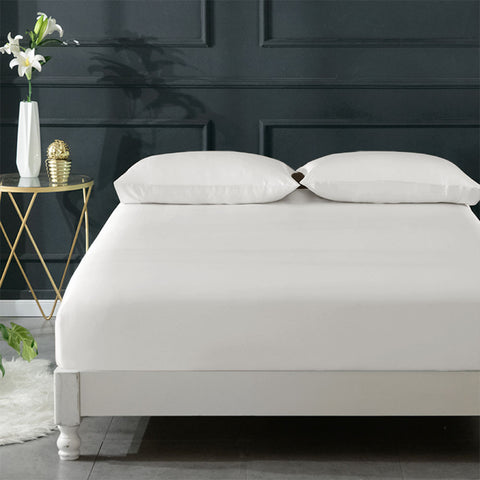 products/Olesilk_Silk_Fitted_Sheet-Ivory_3_f5453b0c-c909-418f-9872-df5c51ab3c3c.jpg