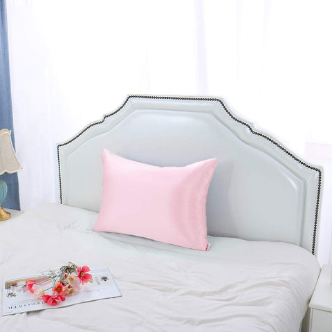 products/Olesilk_Toddler_Silk_Pillowcase_-_Pink_1.jpg