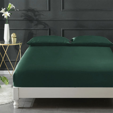 products/Silk_Fitted_Sheet_-_Forest_Green_b063b7a3-2218-4d84-bff3-4ddf2d36c820.jpg