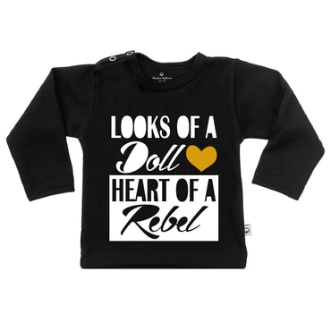 T-Shirt looks a doll heart of a rebel