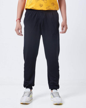 3 Stripes Men Jogger 13.90