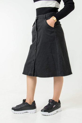 Buttons Line Lady Skirt 13.90
