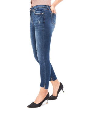 Mini Distressed Lady Slim Fit Jean 15.90