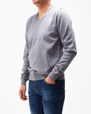 V Neck Men Sweater 16.90