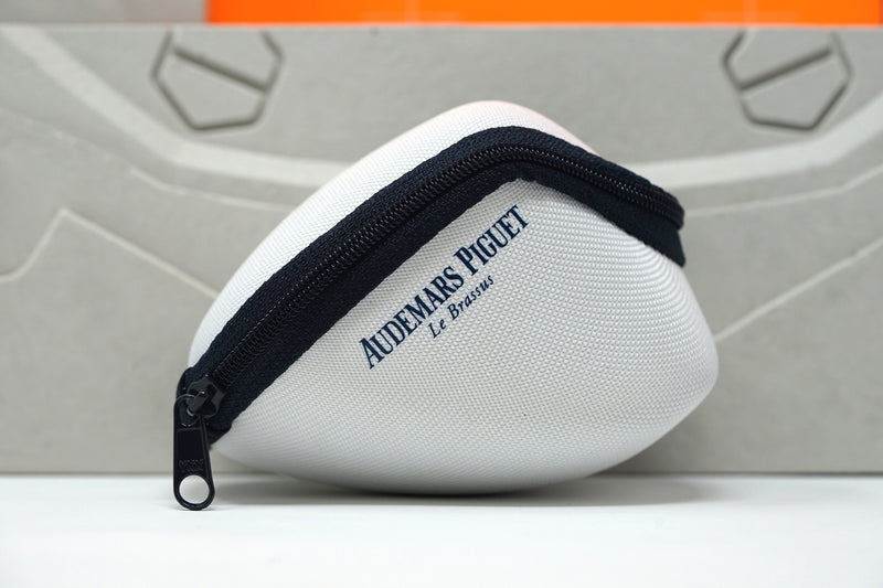 Audemars Piguet Travel Pouch Blue and White for Watch