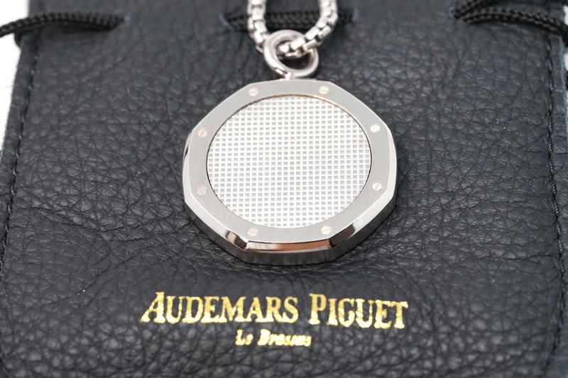 Authentic Designer Watch Jewelry by Audemars Piguet Royal Oak Chain Stainless Steel Made in Switzerland