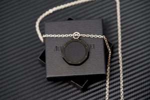 Authentic Audemars Piguet Royal Oak Black Dial Chain for Watch & Jewelry Lovers For Sale at www.TimeTradersOnline.com