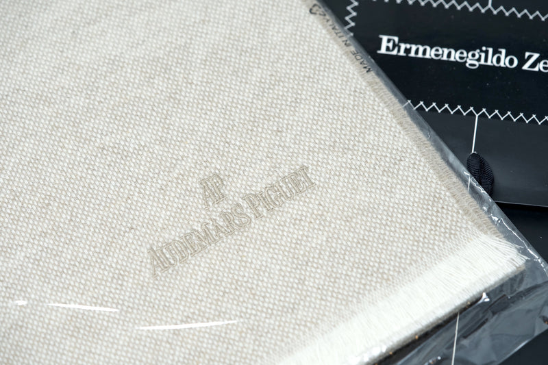 Luxury Men's Scarf Made in Italy by Ermenegildo Zegna for Audemars Piguet 100% Cashmere For Sale Online