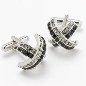 You added <b><u>Manchetknapper Swarovski Sort Jet Diamant & Krystal Kryds</u></b> to your cart.