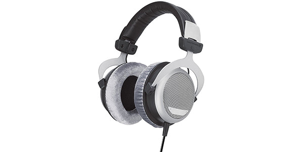 Beyerdynamic DT 880 Over-Ear-Stereo Headphones. Semi-open design, wired, high-end, for the stereo system