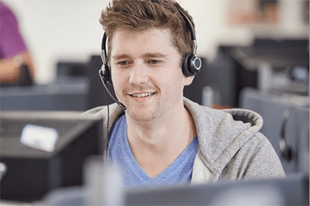 Things to consider when buying the best headsets for gaming and Skype