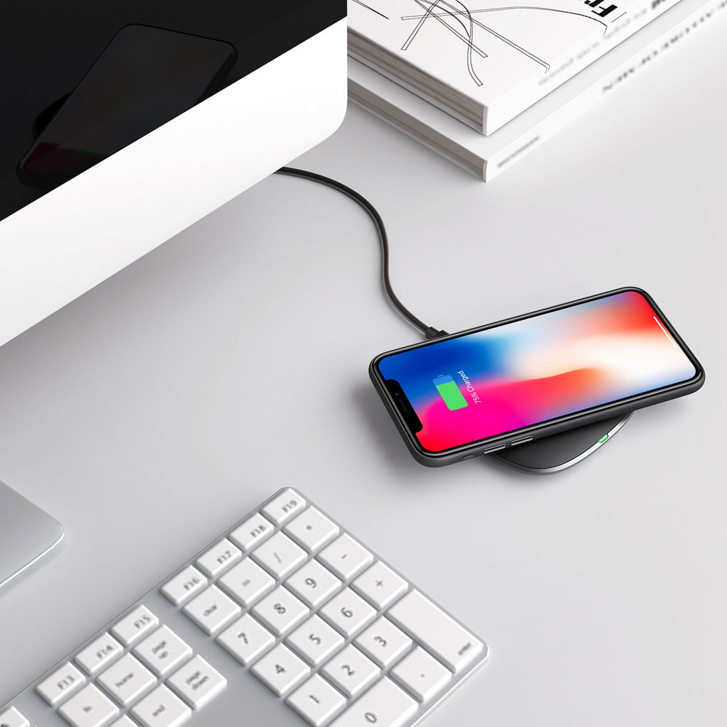 Aukey Graphite Q 10W Wireless Fast Charger (LC-Q6)