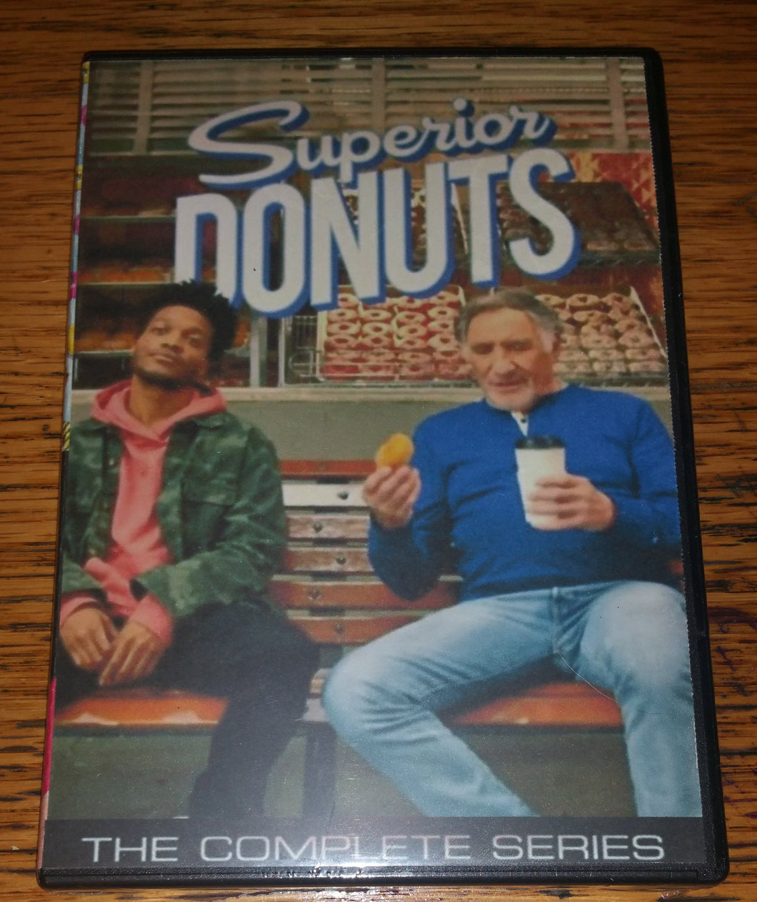 Superior Donuts 2017 THE COMPLETE SERIES ON 3 DVD'S Judd Hirsch Katey Sagal