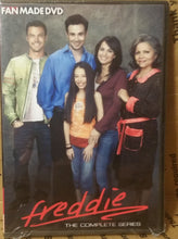 Load image into Gallery viewer, FREDDIE 2005 THE COMPLETE TV SERIES ON DVD Freddie Prinze Jr. Brian Austin Green
