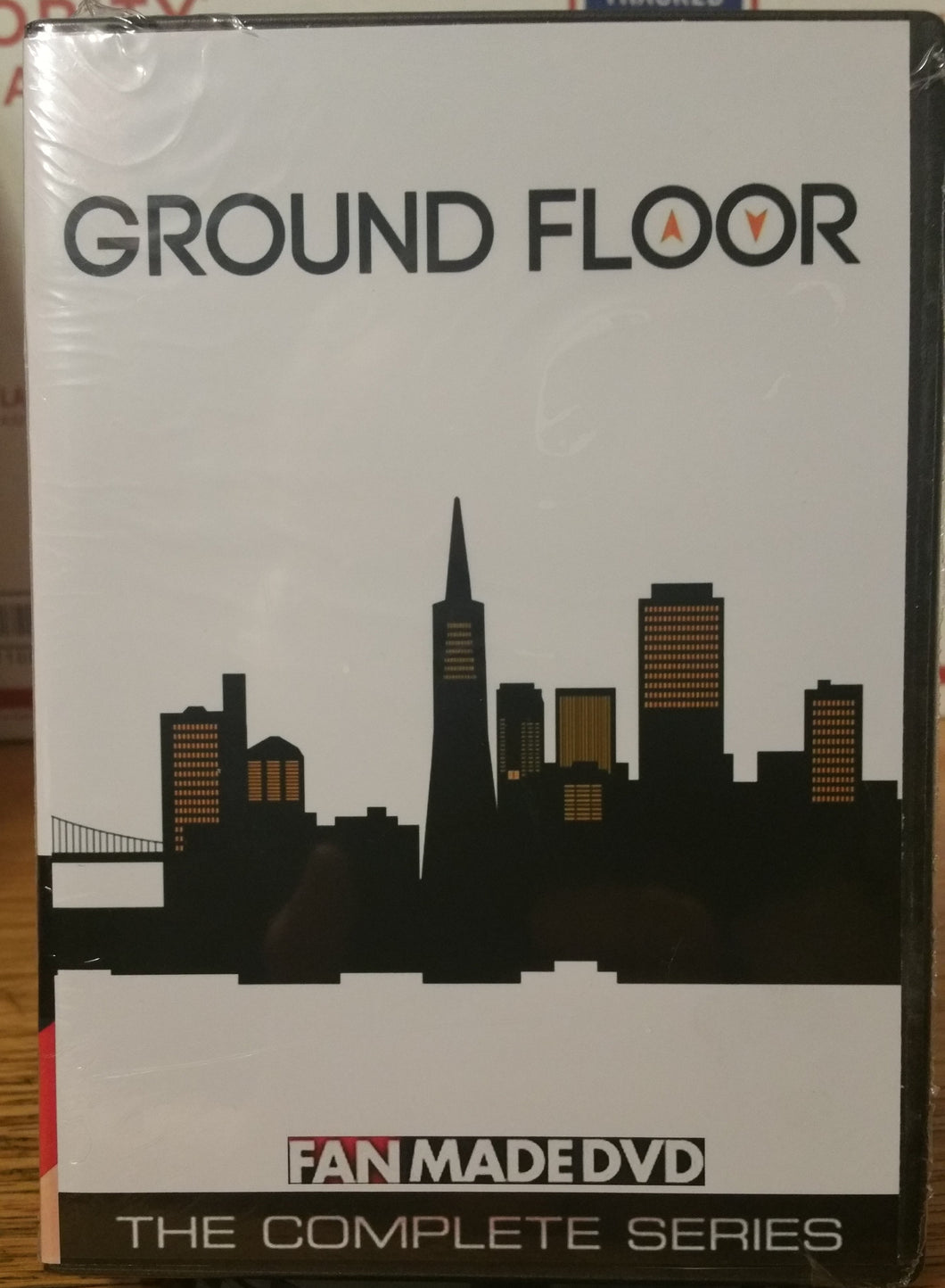 GROUND FLOOR (2013) THE COMPLETE TV SERIES 20 EPISODES ON 2 DVD'S Skylar Astin Briga Heelan John
