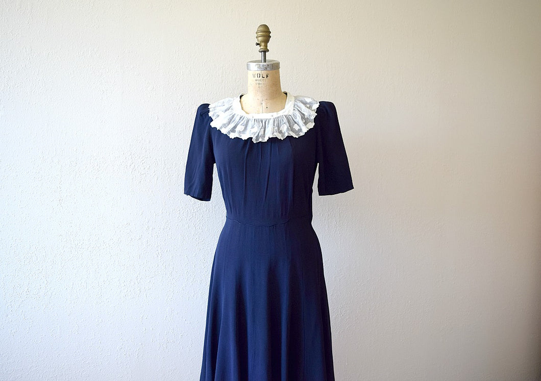 Early 1940s dress . navy blue rayon 40s dress
