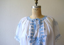 Load image into Gallery viewer, 1950s embroidered top . vintage 50s Hungarian blouse
