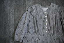 Load image into Gallery viewer, Antique calico dress . vintage gingham dress