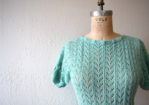 1940s knit dress . vintage green knit dress