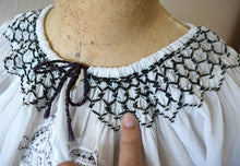 Load image into Gallery viewer, 1940s rayon embroidered top . vintage 40s 50s blouse